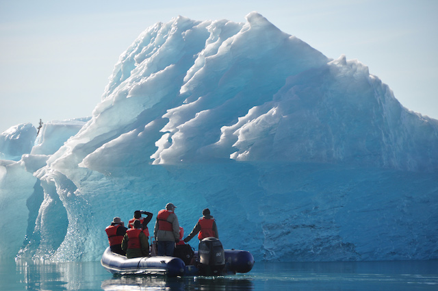 Original un cruise 20adventures 20  20getting 20close 20to 20glacial 20ice 20in 20alaska