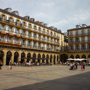 A Walking Tour of San Sebastián's Old Quarter