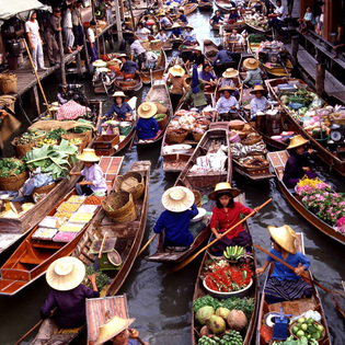 Amphawa Floating Marketing, Amphawa, Thailand