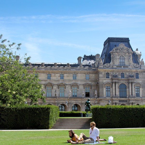 A Guide to Paris in Summer
