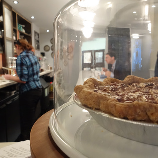 Magpie Artisan Pie Boutique, Philadelphia, Pennsylvania