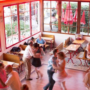 8 Riverside Dance Clubs to Explore in Paris