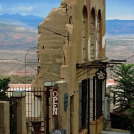 Raku Gallery/ La Victoria glass blowing studio, Jerome, Arizona