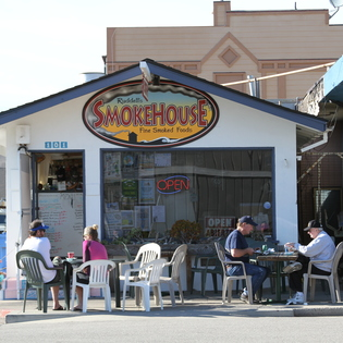 Ruddell's Smokehouse, Cayucos, California