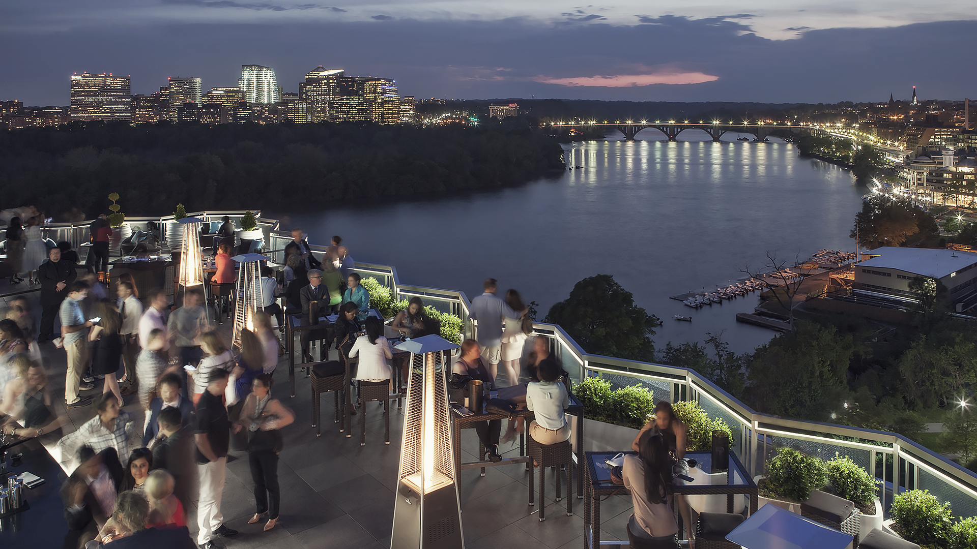 The Best Rooftop Bars In Washington D C
