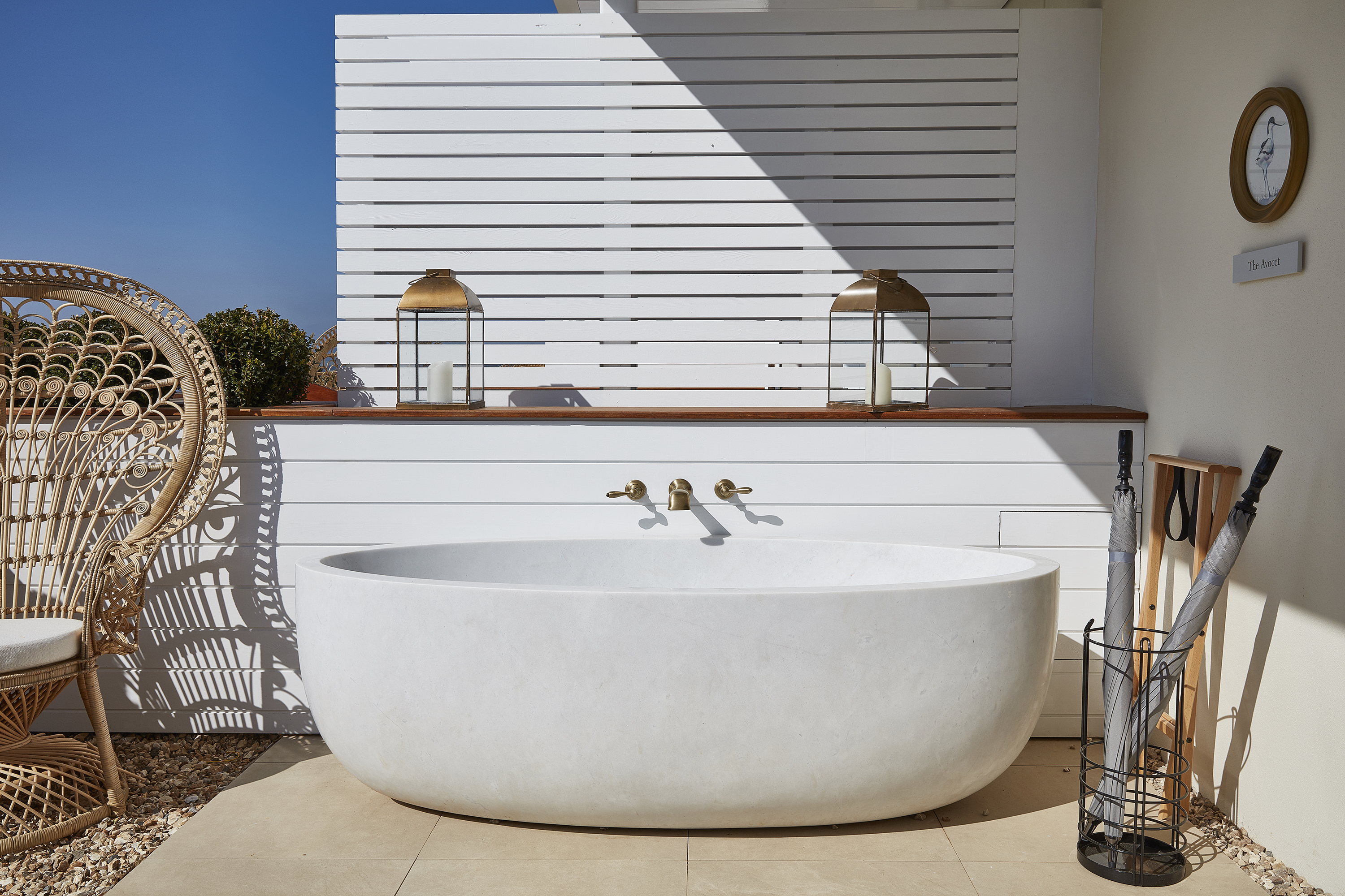 11 Spectacular Private Outdoor Bathtubs In Hotels Around The