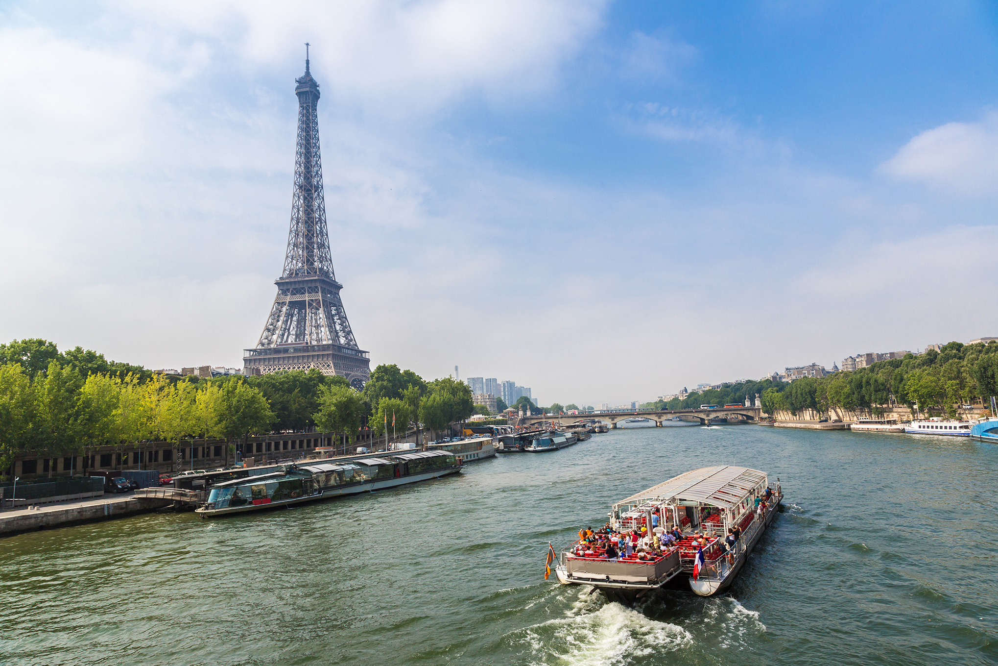 Docking in Paris is undoubtedly a major draw of any Seine river cruise.