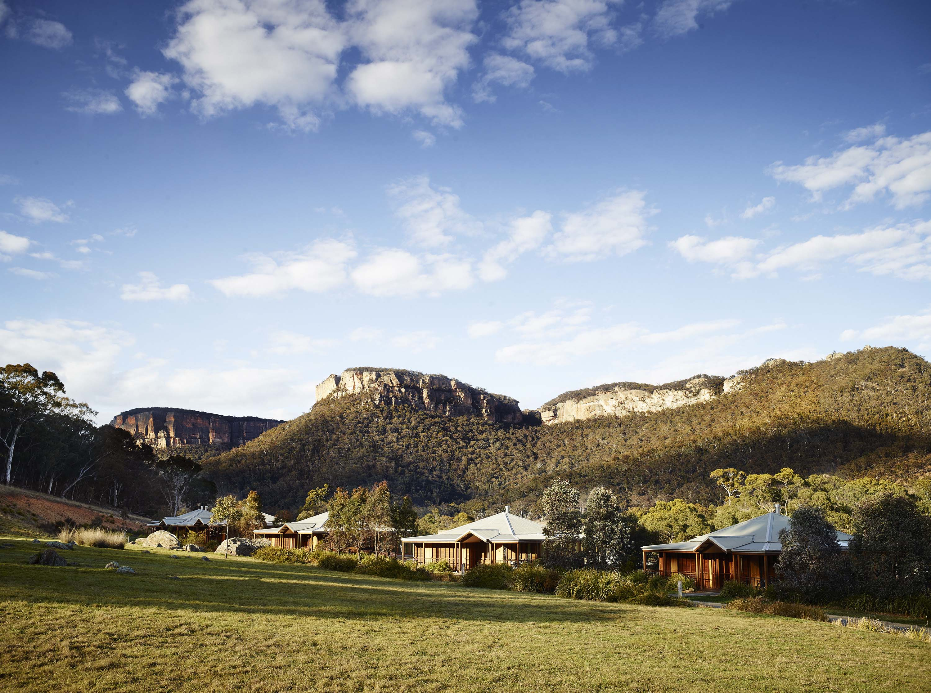 A Luxury Tour of Sydney and Natural Wonders Await in New South Wales